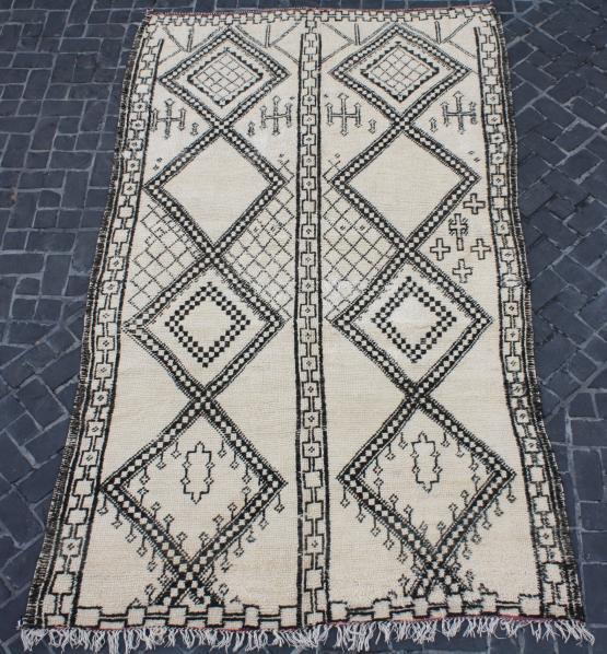58819 Berber 5'11