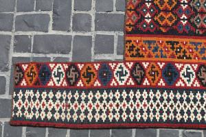 32186 Antique Baktiar Horse cover kilim 5ft x 4ft x 2in
