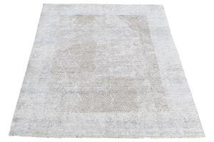 52880 Eyoke rug 8'x10'