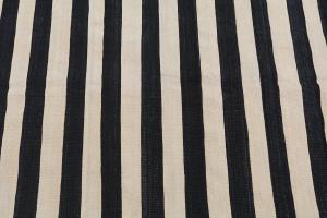 Turkish Black & White Kilim Rug - 5'3