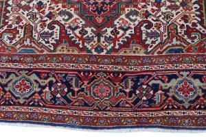 Old Persian Heriz Rug Size 10'x12'4