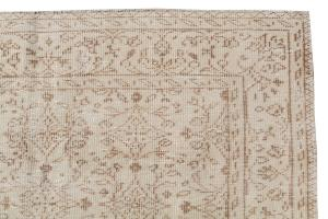 60860B Vintage hand knotted 8'5