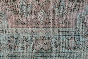 60905 Vintage Turkish Kaiseri rug 8'8