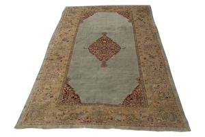 Antique Sultan Abad carpet 10'3