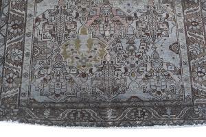 Vintage Persian Bakhtiar Dark Blue and Olive 9'7