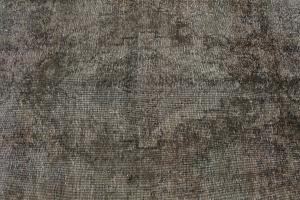 Vintage Persian rug 9'1