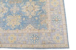 62397 Soft color rug 8'x9'9
