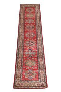 Kazak Design Rug 2'6