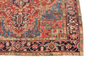 62738 Antique Heriz 7'x10'