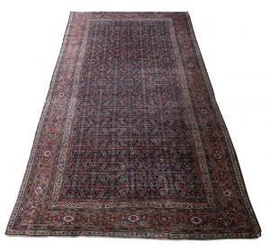 63021 Antique Mahal Runner 7'4