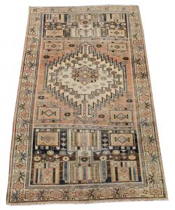 63317 Antique Southwestern Persian Rug 4′4″ × 7′10″