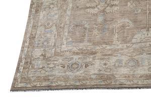 C11/16/30 Traditional rug 9'11