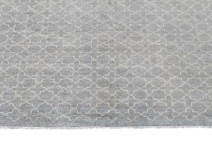 C11/16/31 Contemporary rug 13'3