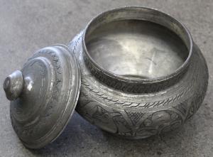 Silver Pot -4