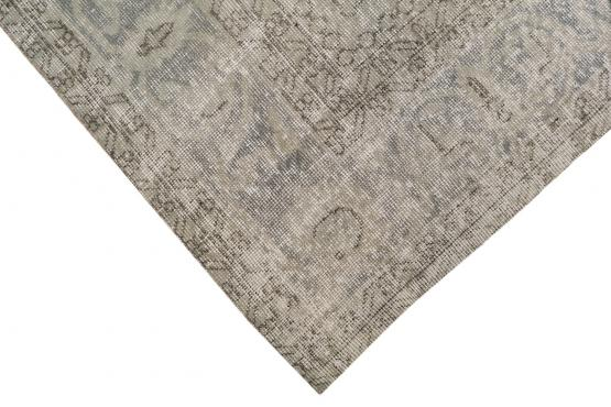 37877 Distressed Vintage Turkish Rug 10'2