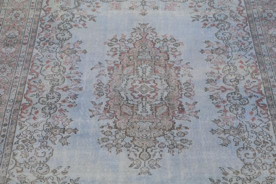 38331 Antique Distressed Turkish  6'6