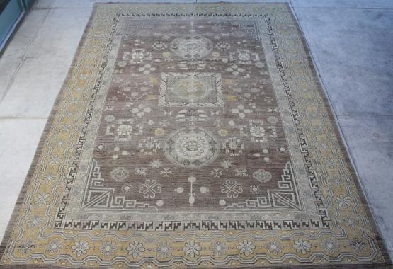 52102 Afghani 9.6x13.8