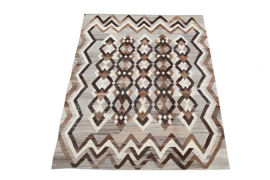 57543 Vintage Turkish Kilim Rug - 5′9″ × 8′