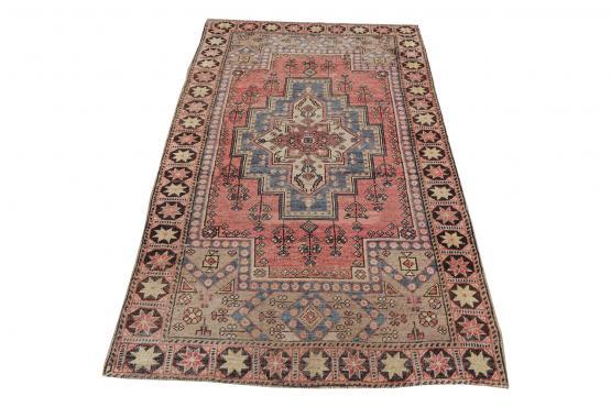 57752 Boho Style Turkish Rug 4′ × 6′9″