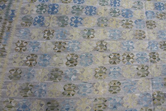 58697 Kilim  blue yellow green 10x16