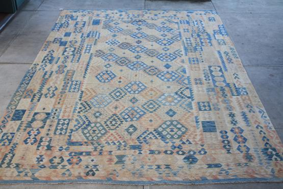 58704 Oversize Turkish Kilim 9'9