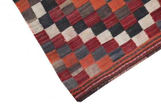 58955 Antique Gasghgai Kilim Rug - 5