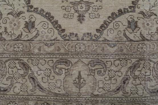 59293 Vintage Persian Tabriz 9'4