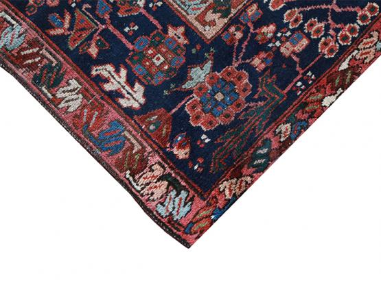 60081 Antique Persian Karaja 4'7