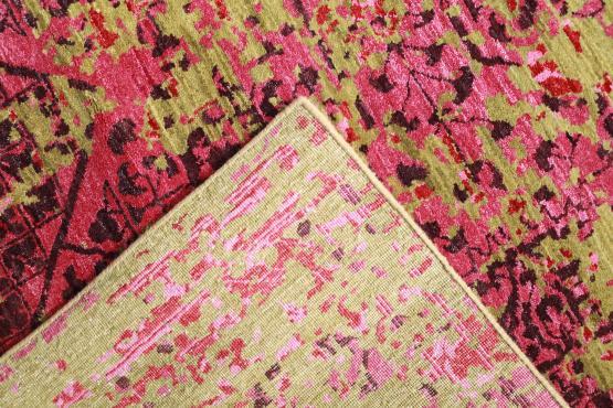60117 Picaso Rug Color Fuchsia 8'10