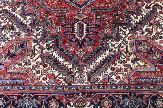 Old Gorovan Heriz Persian Size 9'9