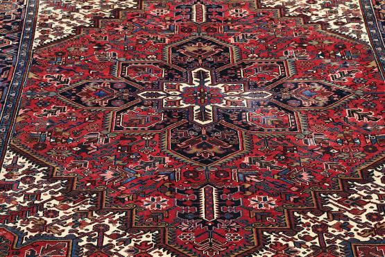 Old Gorovan Heriz Persian Rug Size 8 8 Quot X10 4 The Rug