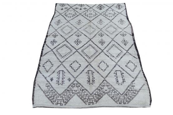 60624 Vintage Moroccan Berber 5'10