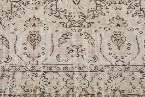 60868 Vintage hand knotted 9'3