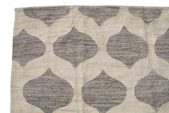 61325 Turkish Kilim Woven with old Wool 9'11