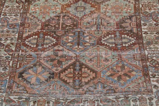 61340 Antique Persian Bakhtiar 10'x6'7
