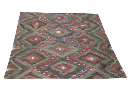 61346 Antique Turkish kilim 7'x5'7