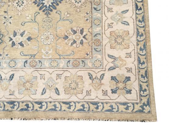 61804 Transitional rug 12'2