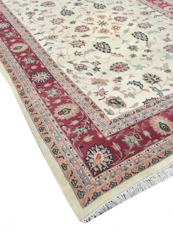 62177 Traditional Hand-Knotted Wool Indian Rug - 9