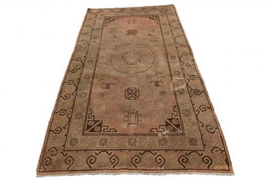 C60467 Antique Khotan rug 4'4