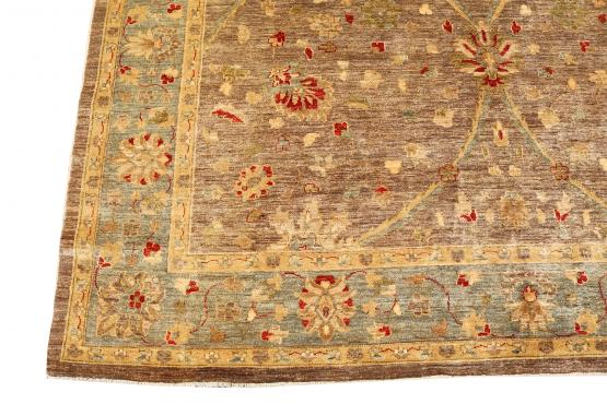 C61662 Pakistani multi color rug 8'2'x9'4