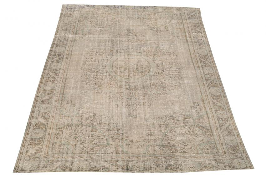 Distressed Vintage Turkish Rug 10'x6'9